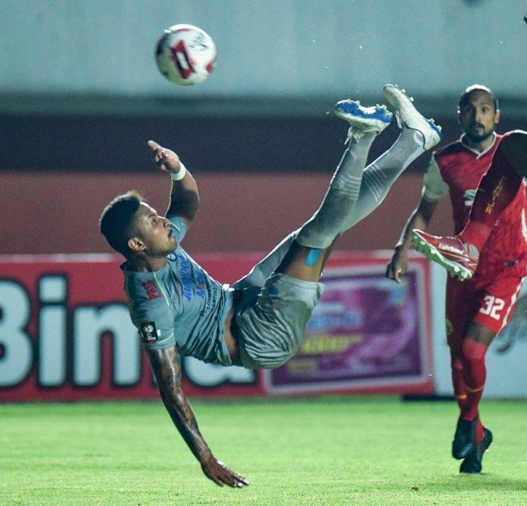 Persija Tumbangkan Persib 2-0 di Leg Pertama Piala Menpora 2021