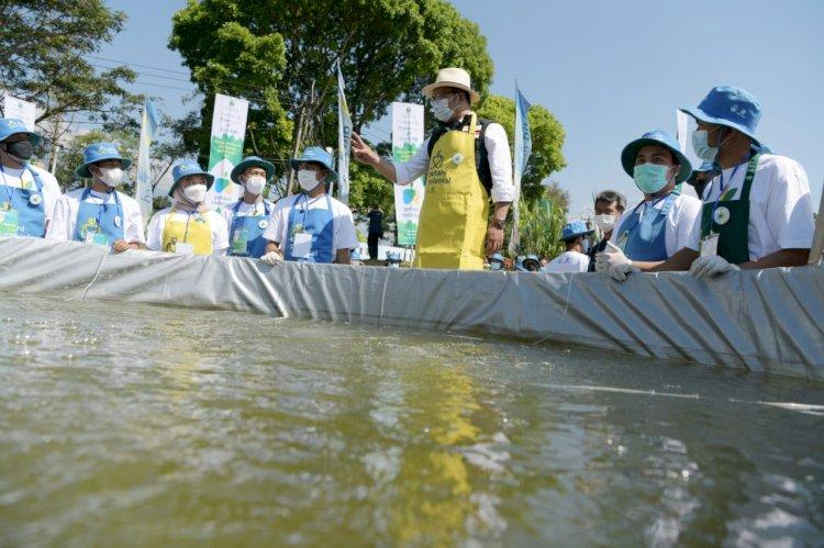 Gubernur Ridwan Kamil Resmikan Petani Ikan Milenial