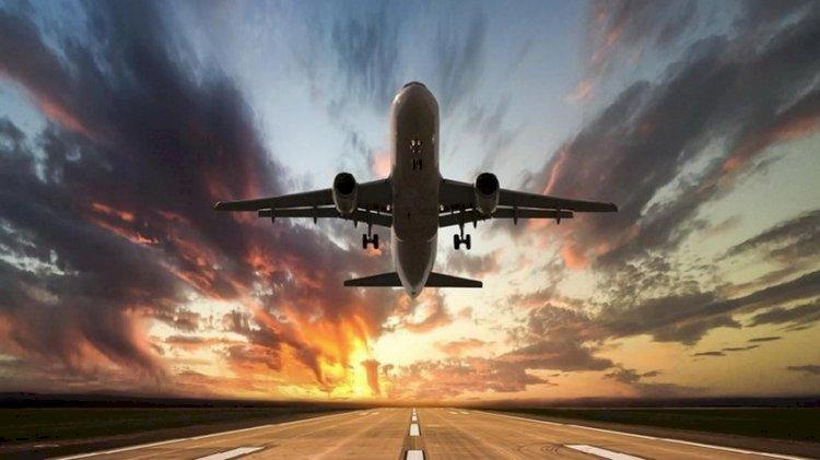 Bepergian dengan Pesawat? Perhatikan Resiko Penularan Covid-19