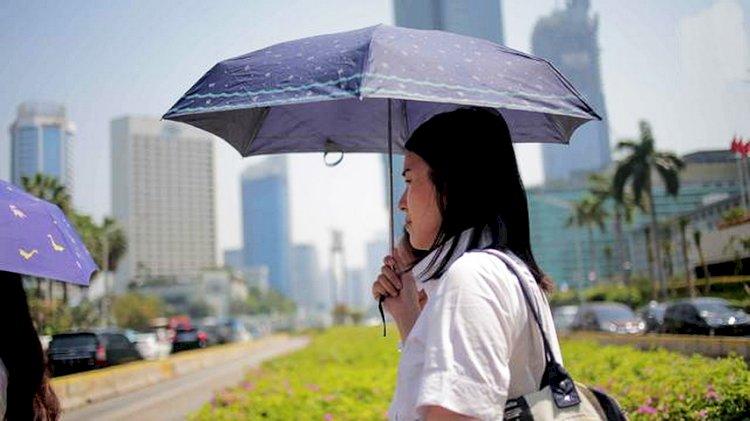 Tetap Jaga Kesehatan saat Cuaca Panas di Tengah Pandemi