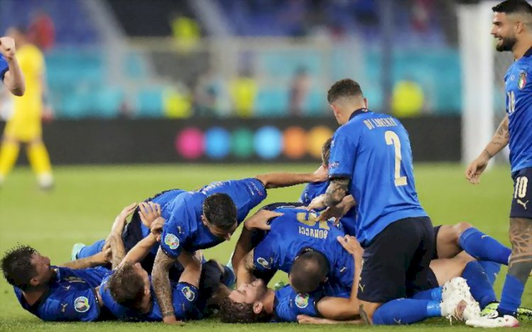 Italia Jadi Tim Pertama Lolos ke Fase 16 Besar, Wales Jaga Asa