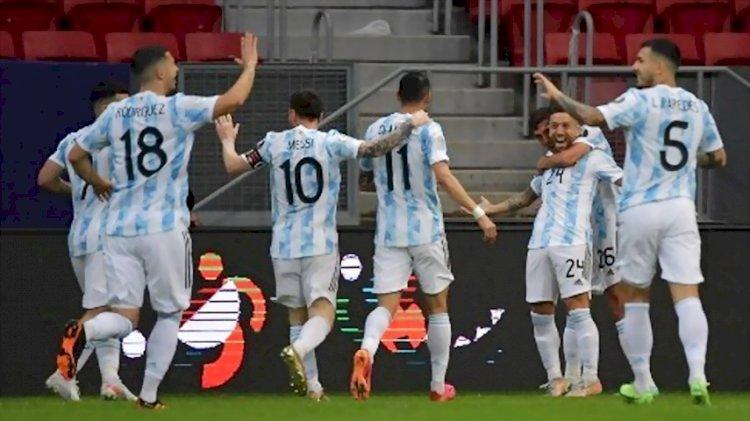 Hasil Copa America: Uruguay vs Chili 1-1, Argentina vs Paraguay 1-0