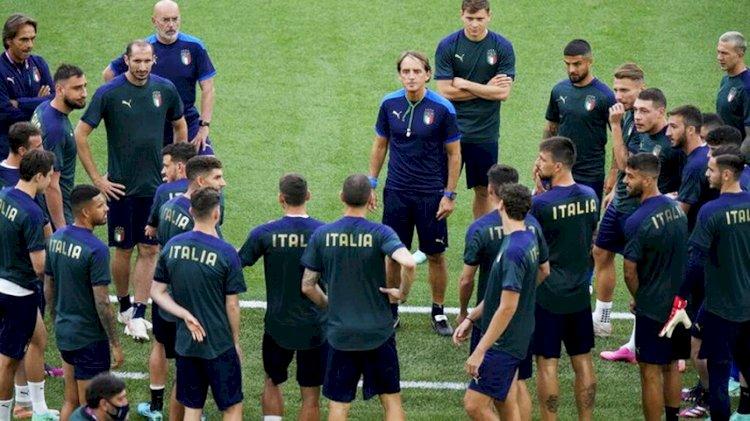 Mancini Akan Sajikan Sepakbola 'Menghibur' di Final Euro 2020