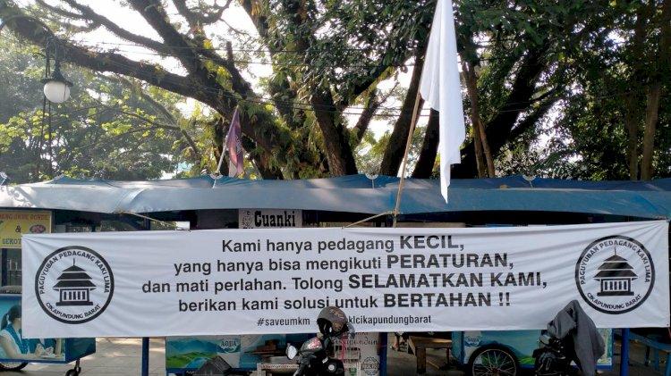 Jeritan PKL Cikapundung Bandung
