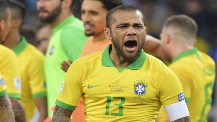 Jadi Pemain Joker, Dani Alves Diharapkan Beri Inspirasi Timnas Brasil di Olimpiade