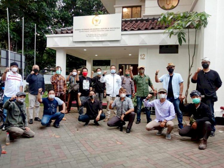 Seniman Ultimatum Ridwan Kamil : Kami Tunggu Bapak, Minimal 4 Hari dari Sekarang !