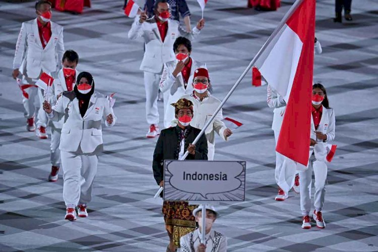 Kontingen Indonesia Tampil Gagah Pada Pembukaan Olimpiade Tokyo
