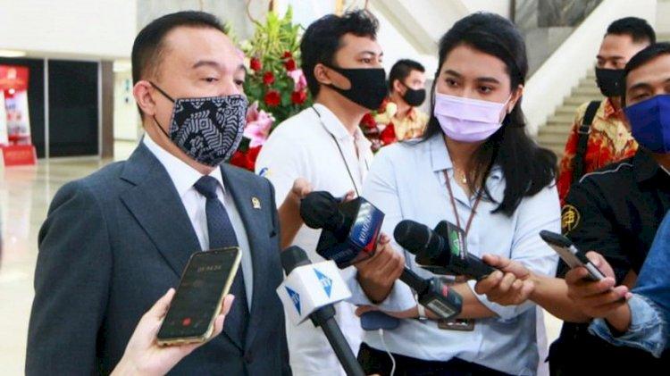 DPR Heran Obat Covid-19 Seolah Hilang di Pasaran