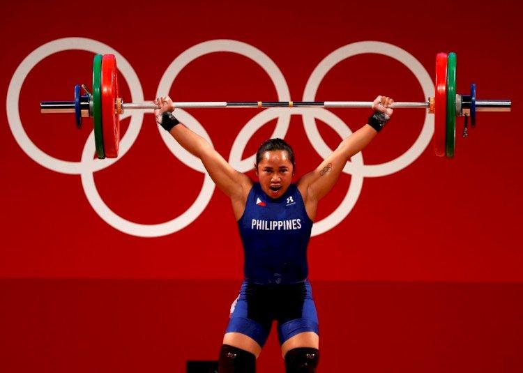Cetak Sejarah, Atlet Angkat Besi Filipina Raih Medali Emas Olimpiade Pertama