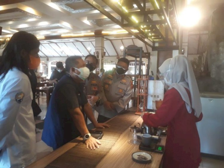 Pemkot Bandung Akan Kaji Kebijakan Dine-in di Kafe dan Resto