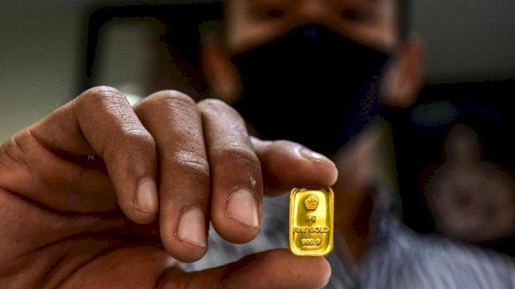 MAKI Desak Aparat Penegak Hukum Bongkar Skandal Impor Emas Antam