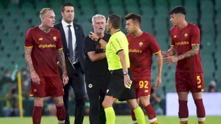 Maurinho Kena Kartu Merah saat Roma Dikalahkan Real Betis