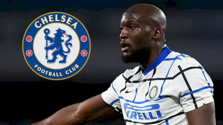 Lukaku Dikabarkan Bakal Teken Kontrak 5 Tahun di Chelsea