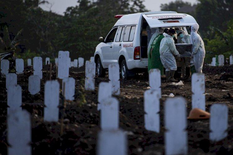 Faskes Minim, Potensi Lonjakan Kasus di Luar Jawa Lebih Mengkhawatirkan