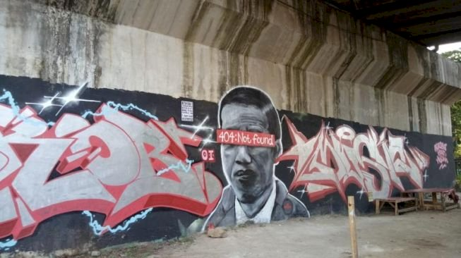 Ramai-ramai Respons soal Mural 'Jokowi 404: Not Found'