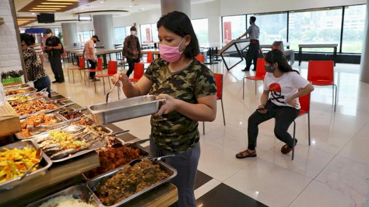 Perpanjangan PPKM: Durasi Makan di Tempat Jadi 30 Menit, Restoran Boleh 'Dine In'