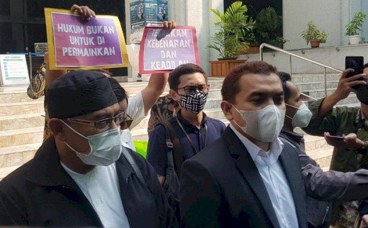 Datang ke MA, Pengacara Habib Rizieq Minta Penahanan Dibatalkan