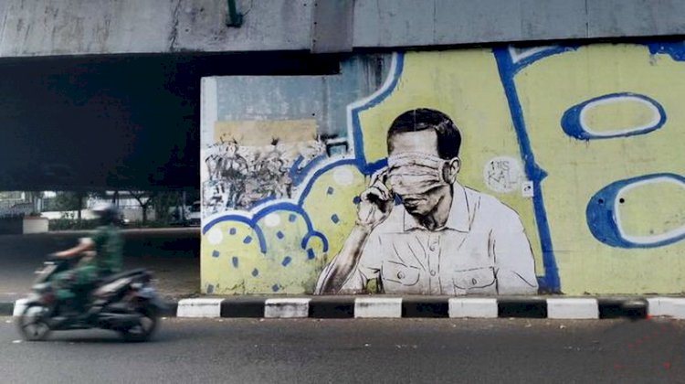 Mural Seperti Sosok Jokowi Terlihat di Tembok Flyover Pasupati