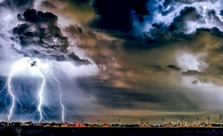 BMKG Minta Masyarakat Waspada Terjadinya Badai La Nina di Akhir Tahun