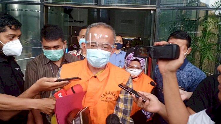 Ade Barkah dan Siti Aisyah Jalani Sidang Perdana di PN Tipikor Bandung, Besok
