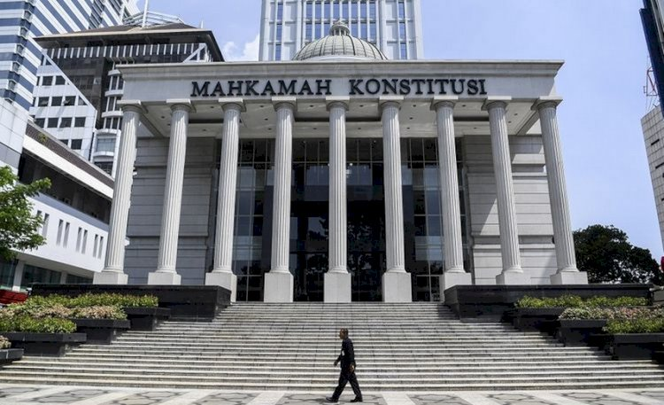 MK Tolak Permohonan Uji Materi UU KPK Soal Alih Status Pegawai Jadi ASN