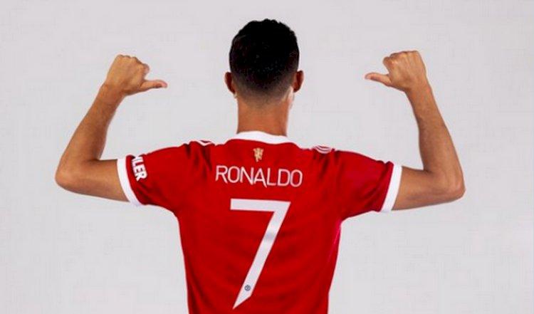 Ronaldo Dipastikan Kembali Kenakan Jersey Nomor 7 di MU