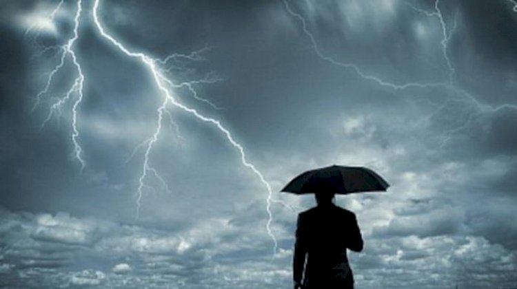 BMKG Peringatkan Potensi Hujan Lebat Disertai Angin Kencang dan Kilat