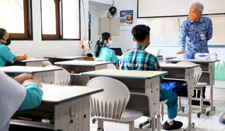Jika Pelajar Sudah Divaksin, Presiden: Segerakan PTM Terbatas