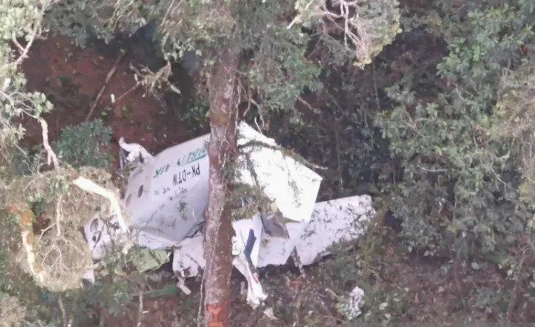 Evakuasi Jenazah Kru Pesawat Rimbun Air di Bilogai Terkendala Cuaca Buruk