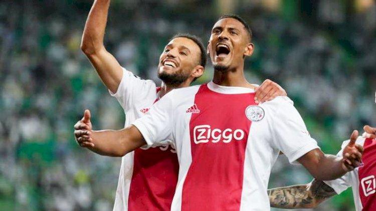 Striker Ajax Sebastien Haller Sementara Top Skor Liga Champions