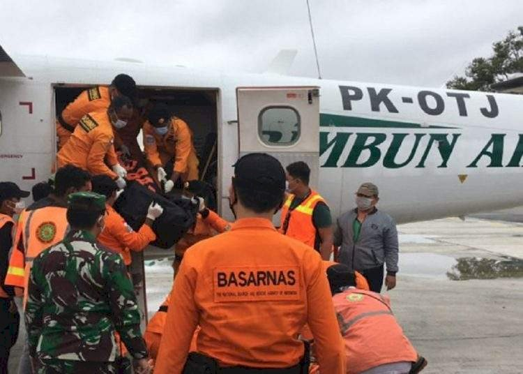Jenazah Awak Pesawat Kargo Rimbun Air yang Jatuh di Intan Jaya Papua Akan Dipulangkan ke Bogor, Bekasi, dan Kaltim