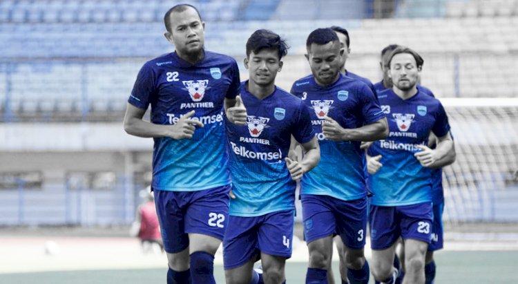 Pelatih Bali United Beri Perhatian Khusus Duet Marc Klok-Rashid