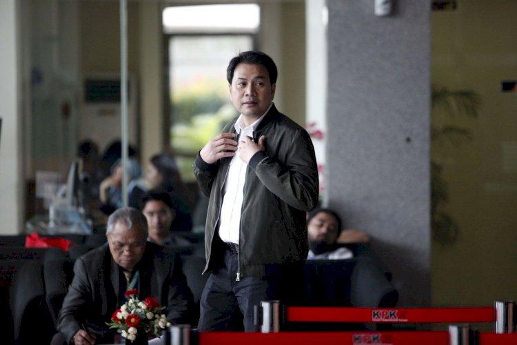 Dipanggil Penyidik KPK Besok, Azis Syamsuddin Telah Ditetapkan Sebagai Tersangka?