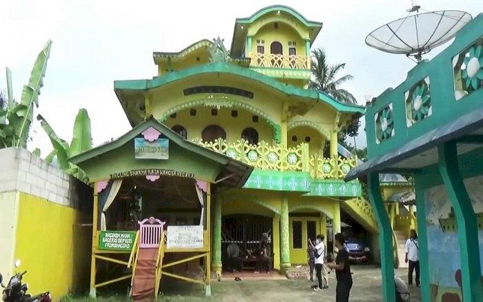 Polisi Sebut Rumah 'Angling Dharma' di Pandeglang Bukan Kerajaan