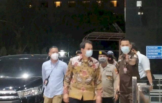 Azis Syamsuddin Dijemput Paksa Penyidik KPK, Hasil Test Antigen Negatif