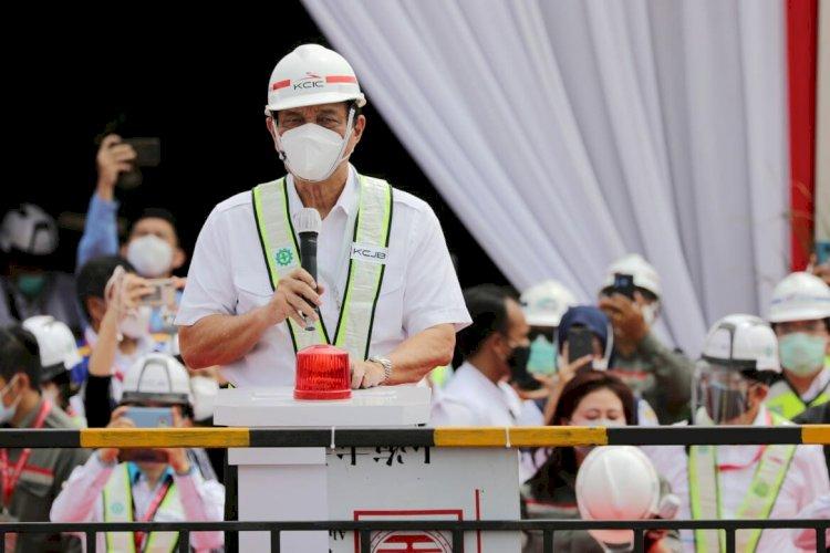 Luhut Sebut Progres Proyek Kereta Cepat Jakarta-Bandung Hampir 80 Persen