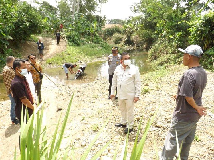 Bantu Akses Warga, Syahrir Bangun Jembatan Gantung Di Desa Sukamanah Kecamatan Agrabinta