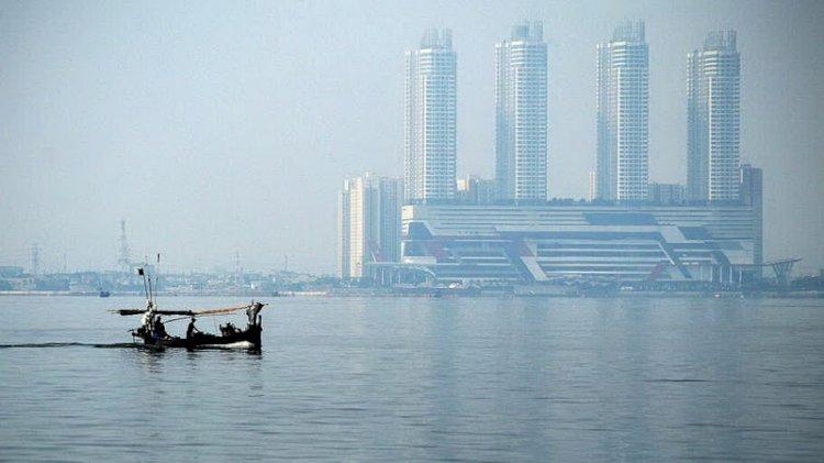 DPR Minta Pemerintah Ambil Langkah Konkret Tangani Limbah Farmasi di Teluk Jakarta