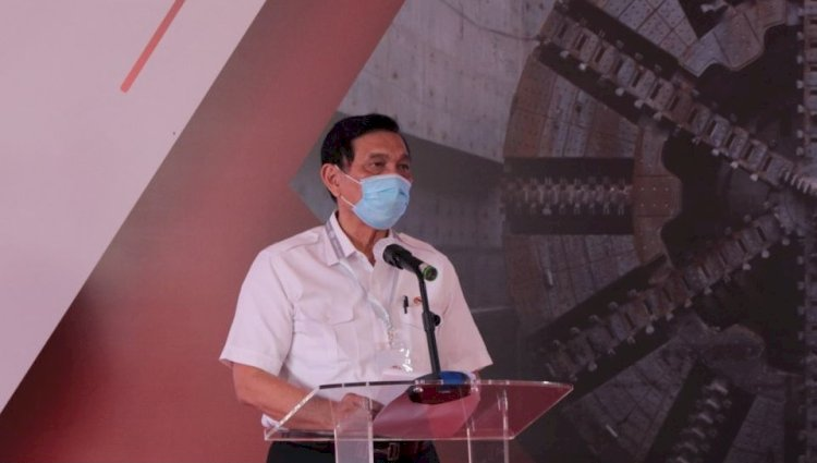 Kembali Ditunjuk Jokowi, Kini Luhut Pimpin Komite Kereta Cepat Jakarta-Bandung