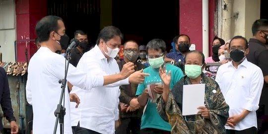 Jokowi Resmi Luncurkan Program Bantuan Tunai untuk PKL