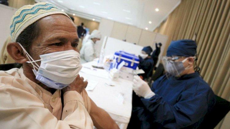 Vaksinasi Dosis Pertama di Kabupaten Bekasi Capai 67 Persen