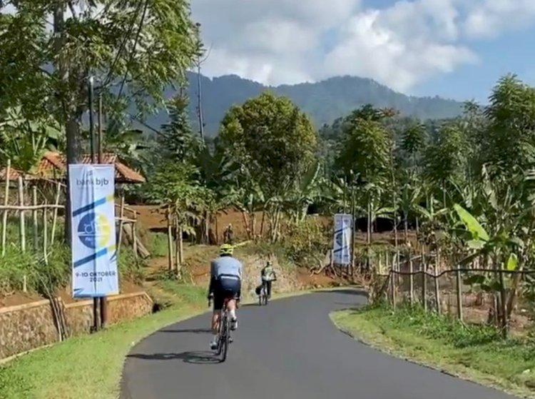 Ratusan Peserta Meriahkan Pasundan Ride bank bjb 2021