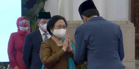 Jokowi Resmi Lantik Megawati Sebagai Ketua Dewan Pengarah BRIN
