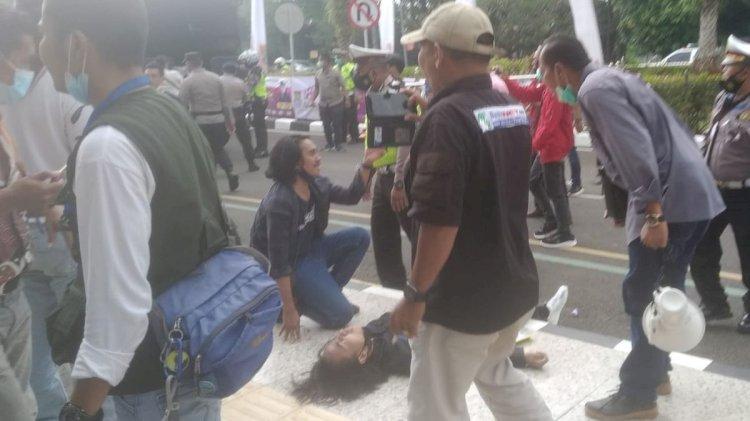 Polda Banten Cari Oknum Polisi yang Banting Peserta Demo Saat HUT ke-389 Tangerang